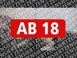 Amateurvideo Schwanz-Folter und Fuß im Arsch von JennyExtrem