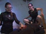 Amateurvideo Die Qual auf der Streckbank Part 4 von sexyengel